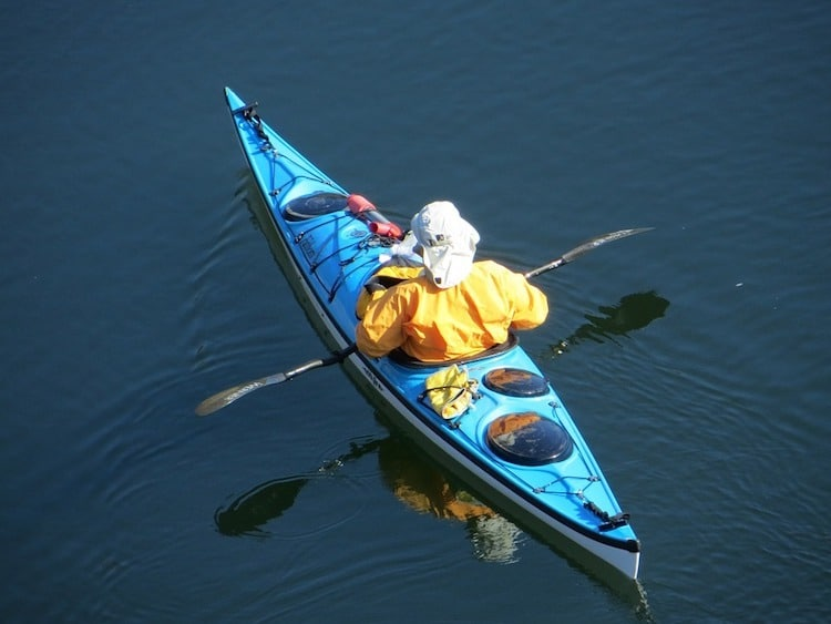 kayaking-in-all-weathers