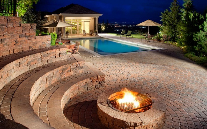 putting-out-your-fire-pit-landscape-with-pool