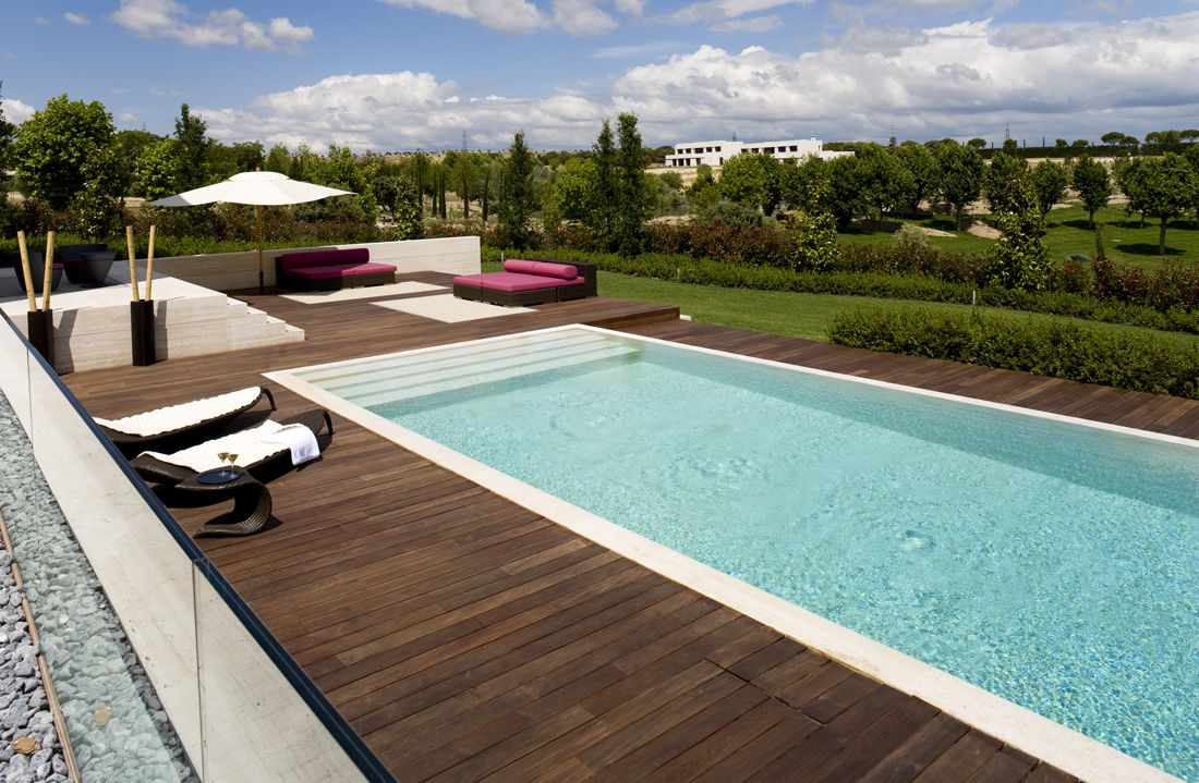 42 above ground pools with decks tips ideas design for Piscinas asturias