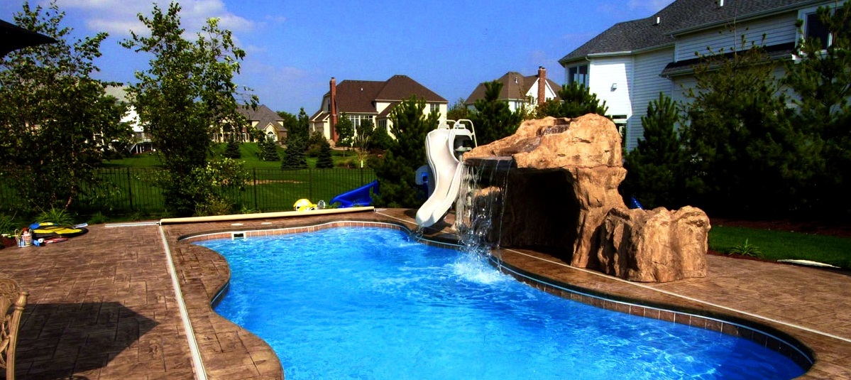 Top 5 best pool slides for backyard water fun outdoor chief for Garden pool slide