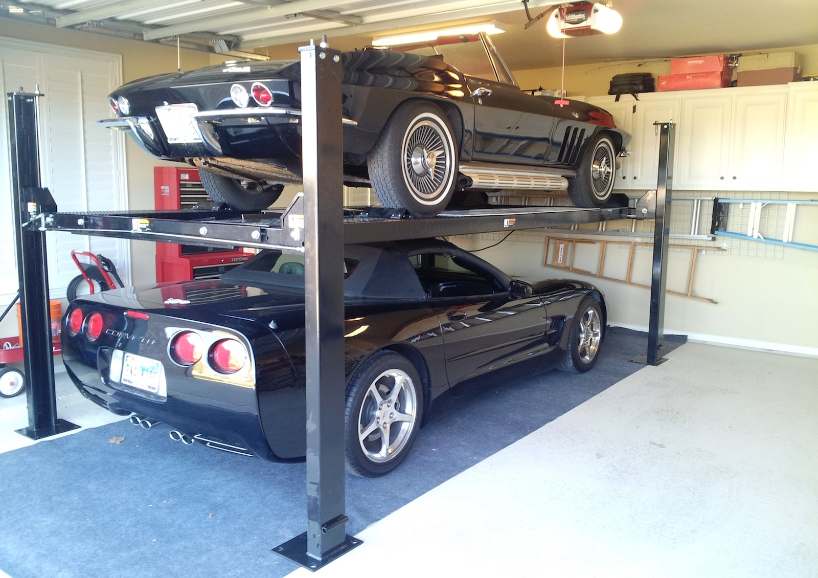 The best car lift for your home garage 2 4 post lifts for Garage best auto