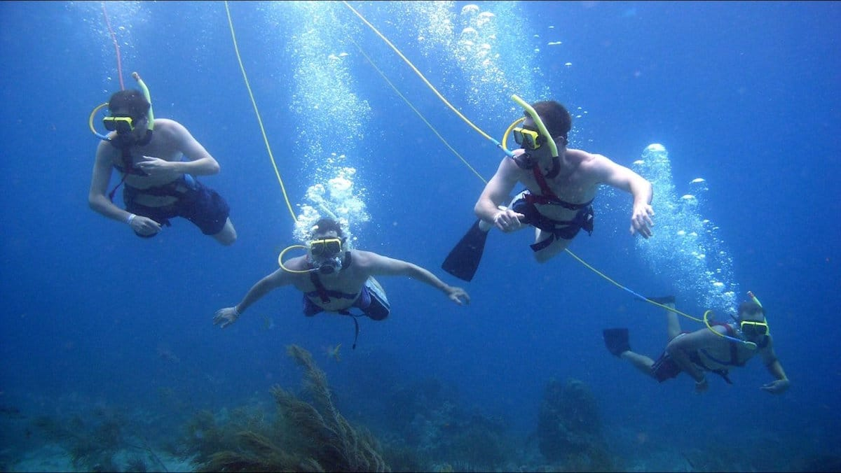 Keeping Divers Close Hookah Diving