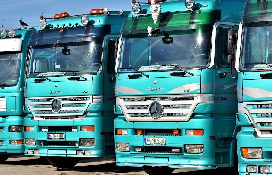 trucks gps