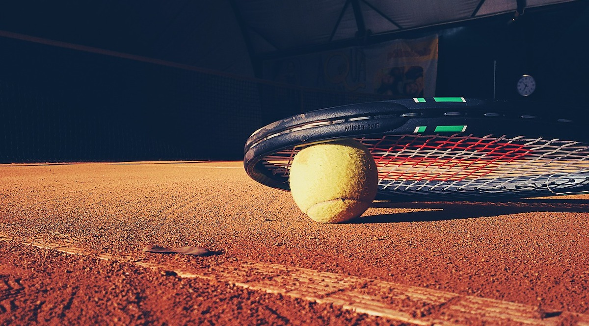 best tennis stringing machine featured