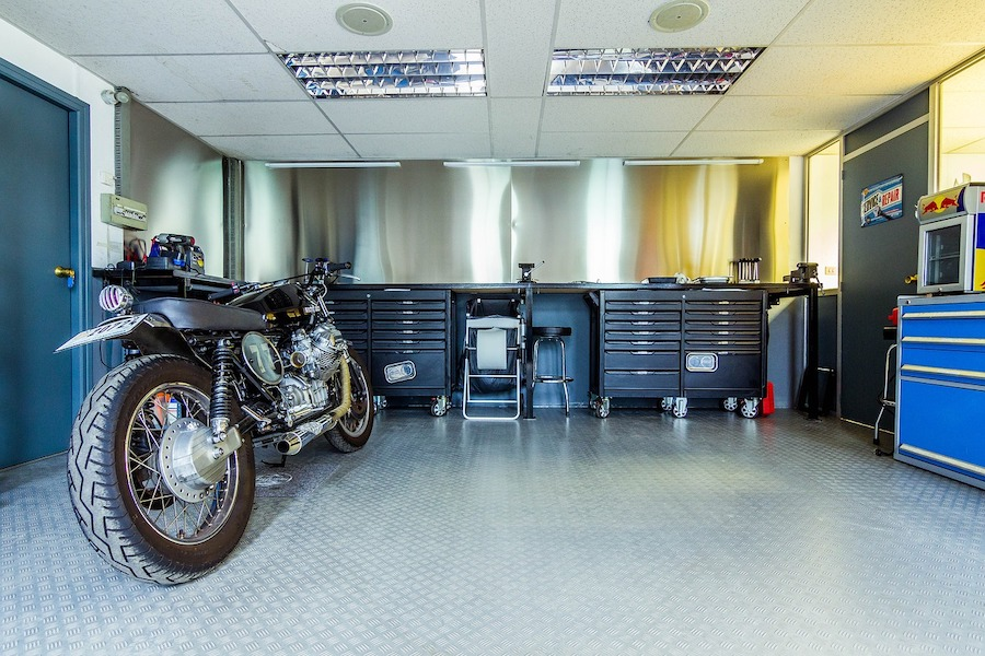 motorcycle-workshop