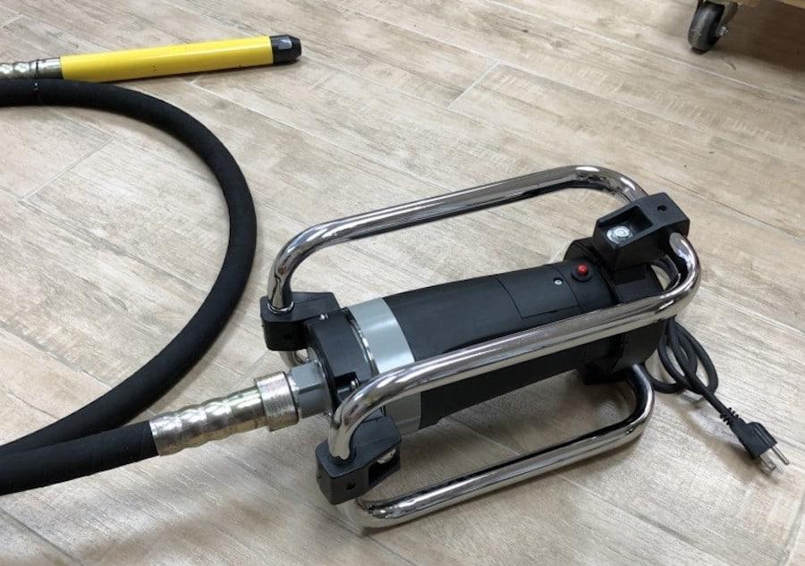electric concrete vibrator