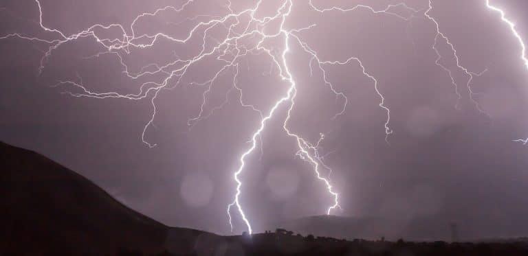 lightning-detector featured