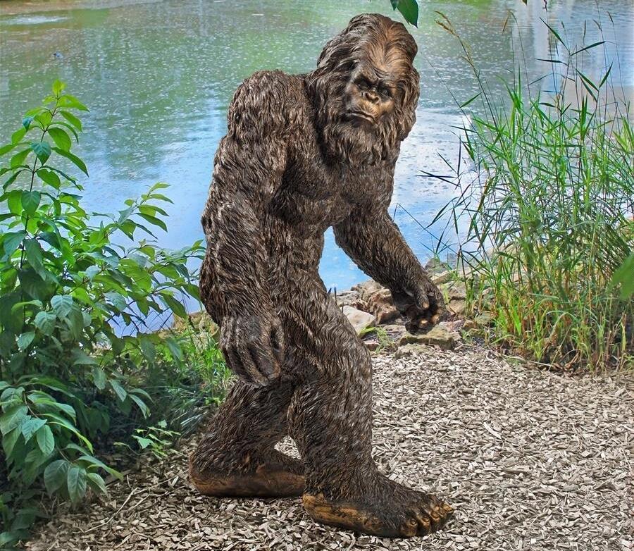 Design Toscano Yeti the Bigfoot Garden Statue, Life Size 72 Inch, Fiberglass Polyresin, Full Color