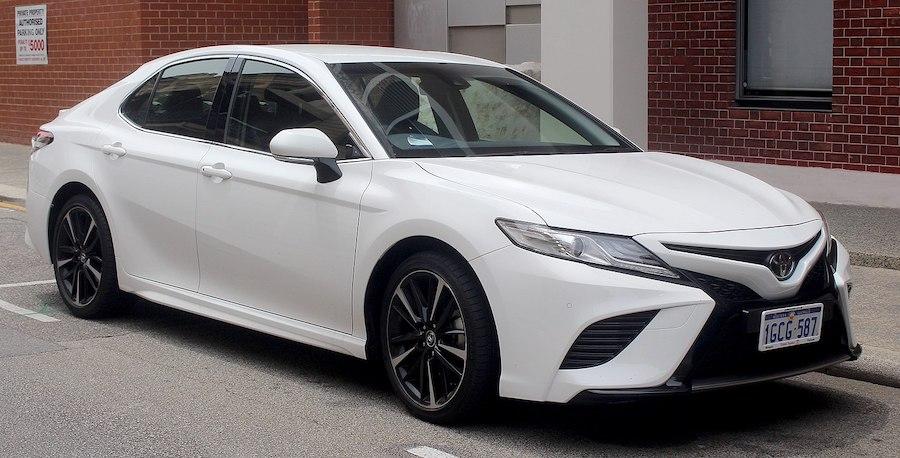 Toyota_Camry_SX_sedan